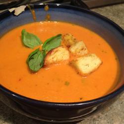 rich-creamy-tomato-basil-soup